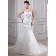 Trumpet/Mermaid Sweetheart Chapel Train Satin Organza Wedding Dress With Ruffle Lace Beading