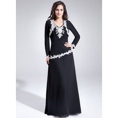 A-Line/Princess V-neck Floor-Length Chiffon Mother of the Bride Dress With Lace