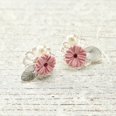 Flower Shaped Alloy/Rhinestones With Imitation Pearls Ladies' Earrings