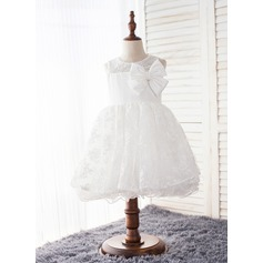 Ball Gown Knee-length Flower Girl Dress - Tulle Sleeveless Scoop Neck With Bow(s)