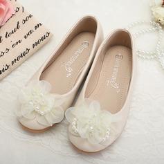 Mädchens Leder Flache Ferse Geschlossene Zehe Flache Schuhe mit Nachahmungen von Perlen Blume