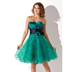 Empire Sweetheart Knee-Length Charmeuse Organza Homecoming Dress With Ruffle Sash Flower(s)