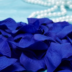 Royal Blue Rose Petals  (131038056)