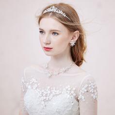 Shining Alloy/Rhinestones/Crystal Ladies' Jewelry Sets