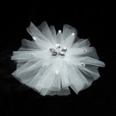 Simple Tulle Flowers & Feathers