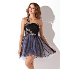 Forme Princesse Encolure asymétrique Court/Mini Tulle Robe de soirée étudiante avec Plissé Emperler