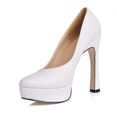 Women's Leatherette Chunky Heel Closed Toe Platform Pumps