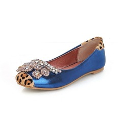 Leatherette Flat Heel Closed Toe Flats With Beading Animal Print (086026071)