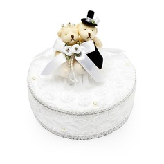 Elegant Ring Box in Satin With Bear Couple