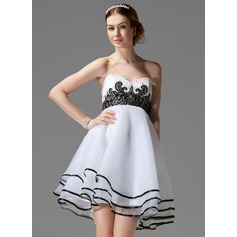 Empire Sweetheart Short/Mini Organza Homecoming Dress With Beading