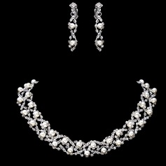 Gorgeous Alloy/Rhinestones With Pearl Women's Jewelry Sets