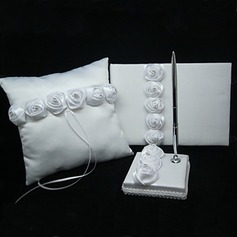 Rose lined Collection Set in Satin With Rhinestones