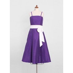A-Line/Princess Tea-Length Taffeta Junior Bridesmaid Dress With Sash Bow(s)