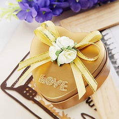 Heart Shaped Gold Favor Tin With Ribbon Bow (Set of 6) (050013938)
