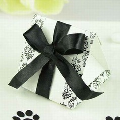Simple Favor Boxes With Ribbons (Set of 12)