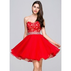 A-Line/Princess Sweetheart Short/Mini Chiffon Lace Homecoming Dress With Beading Sequins