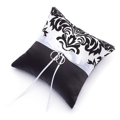 Damask Ring Pillow With Bow