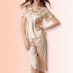 Artificial Silk Feminine Sleepwear(Including Coat and Pants)