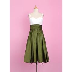 A-Line/Princess Sweetheart Tea-Length Taffeta Junior Bridesmaid Dress With Ruffle