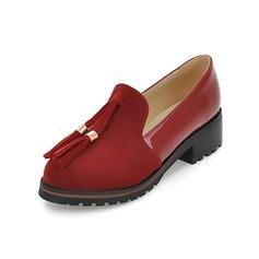 Imitação de couro Salto baixo Bombas Fechados com Franja sapatos