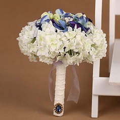 Eye-catching Round Satin Bridal Bouquets