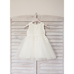 Princess Knee-length Flower Girl Dress - Satin/Tulle Sleeveless Scoop Neck With Lace (010090655)