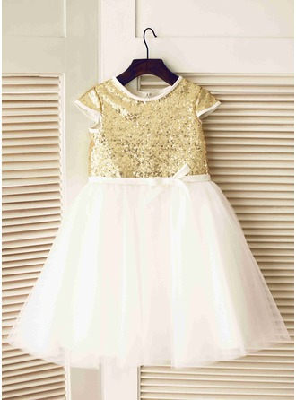 A-Line/Princess Knee-length Flower Girl Dress - Tulle Short Sleeves Scoop Neck With Sequins