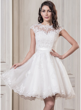 A-Line/Princess Scoop Neck Knee-Length Satin Tulle Wedding Dress With Appliques Lace