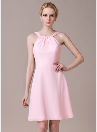 A-Line/Princess Scoop Neck Knee-Length Chiffon Bridesmaid Dress With Ruffle