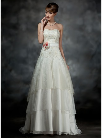 A-Line/Princess Sweetheart Court Train Organza Lace Wedding Dress With Sash Beading Flower(s)