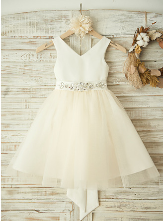 Corte A/Princesa Hasta la rodilla Vestidos de Niña Florista - Satén/Tul Sin mangas Escote en V con Lazo(s)/Rhinestone