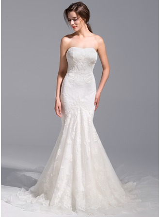 Trumpet/Mermaid Sweetheart Cathedral Train Tulle Wedding Dress With Appliques Lace