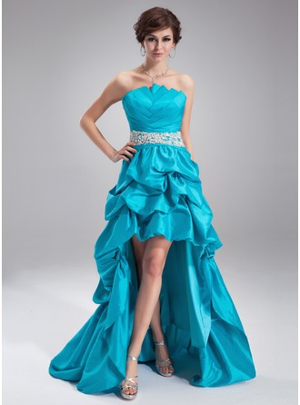 A-Line/Princess Scalloped Neck Asymmetrical Taffeta Prom Dress With Ruffle Beading Appliques