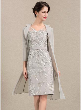 غمد V عنق طول الركبة ربط الحذاء فستان أم العروس