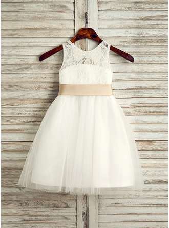 A-Line/Princess Knee-length Flower Girl Dress - Tulle/Lace Sleeveless Scoop Neck With Sash/Bow(s)/Back Hole