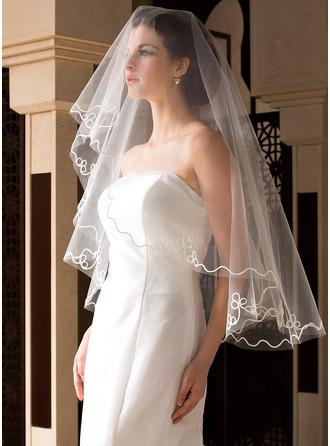 Einschichtig Fingerspitze Braut Schleier mit Schnittkante