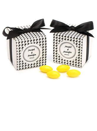 Black & White Houndstooth Cubic Favor Boxes With Ribbons
