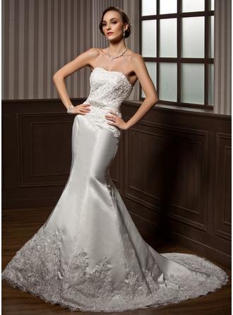 Trumpet/Mermaid Sweetheart Court Train Satin Wedding Dress With Lace Beading