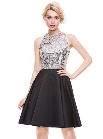 A-Line/Princess Scoop Neck Knee-Length Satin Homecoming Dress With Beading