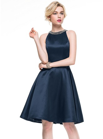 A-Line/Princess Scoop Neck Knee-Length Satin Cocktail Dress With Beading