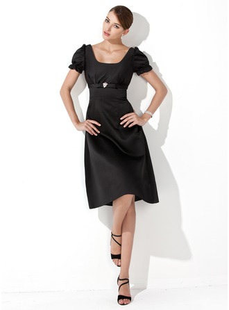 A-Line/Princess Square Neckline Knee-Length Satin Bridesmaid Dress With Ruffle Crystal Brooch