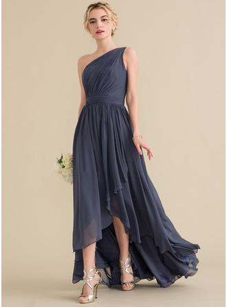A-لاين أميرة بكتف واحد غير متناظر الشيفون فستان وصيفة الشرف مع الكشكشة المتتالية