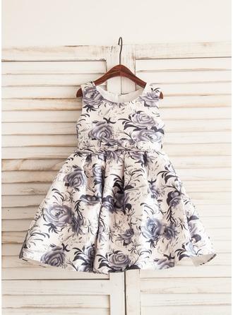 A-Line/Princess Knee-length Flower Girl Dress - Satin Sleeveless Scoop Neck With Bow(s)