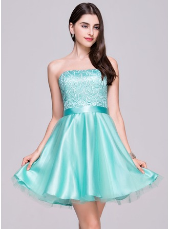 A-Line/Princess Strapless Short/Mini Satin Tulle Lace Homecoming Dress