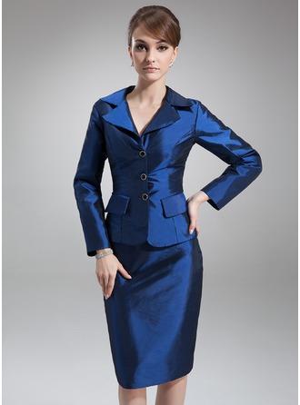 Sheath/Column V-neck Knee-Length Taffeta Mother of the Bride Dress