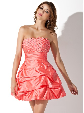 A-Line/Princess Scalloped Neck Short/Mini Taffeta Homecoming Dress With Ruffle Beading