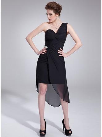 Sheath/Column One-Shoulder Asymmetrical Chiffon Cocktail Dress With Ruffle Crystal Brooch