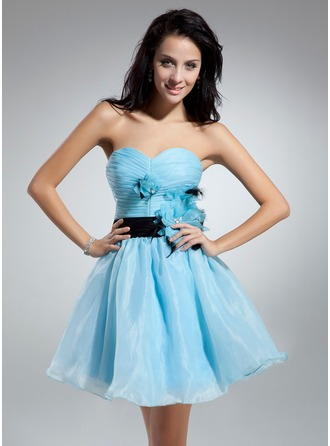 A-Line/Princess Sweetheart Short/Mini Organza Charmeuse Cocktail Dress With Ruffle Sash Feather Flower(s)