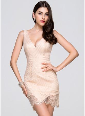 Sheath/Column V-neck Short/Mini Lace Cocktail Dress