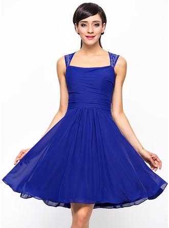 A-Line/Princess Square Neckline Knee-Length Chiffon Lace Bridesmaid Dress With Ruffle